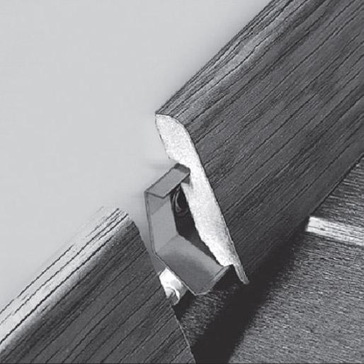 Крепеж для установки плинтуса Quick Step